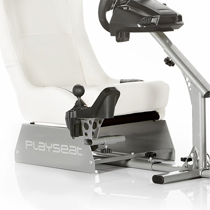Playseat Alcantara, Evolution or Revolution?