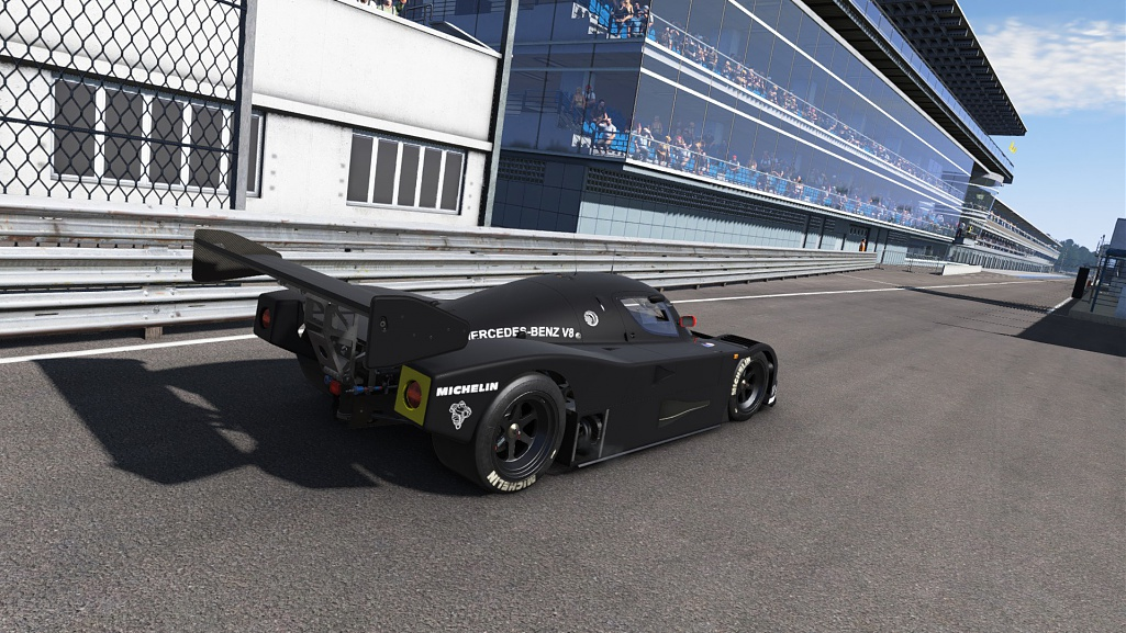 Click image for larger version.  Name:SAUBER C9 Test Car Livery 2.jpg Views:5 Size:248.0 KB ID:207599