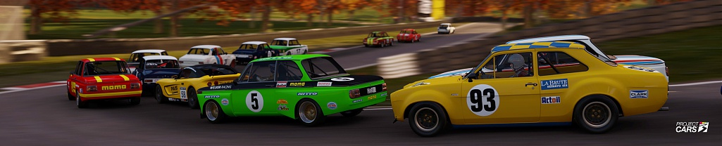 Click image for larger version.  Name:2 PC3 BMW ESCORT CATERHAM at CADWELL PARK crop copy.jpg Views:0 Size:77.9 KB ID:283573