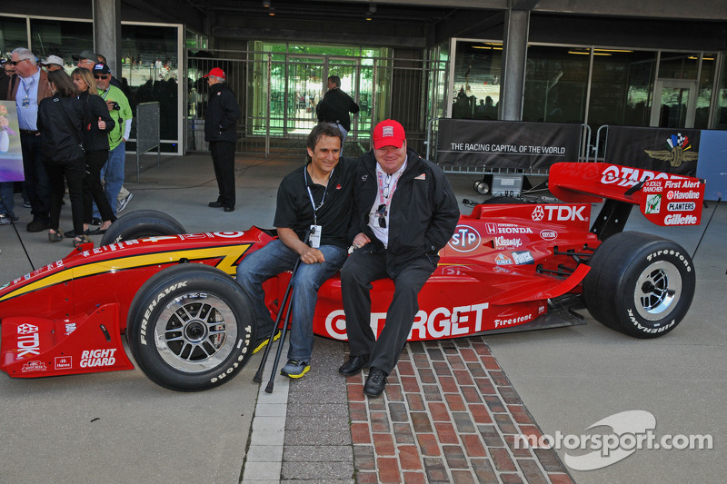 Click image for larger version.  Name:indycar-indy-500-2013-alex-zanardi-returns-to-indianapolis-with-chip-ganassi.jpg Views:41 Size:223.2 KB ID:272975