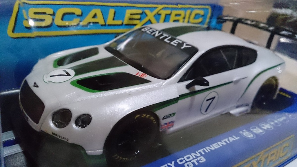 Click image for larger version.  Name:scalextric-c3514-bentley-continental-gt3-pronta-entrega-436101-MLB20277800743_042015-F.jpg Views:0 Size:176.9 KB ID:213918