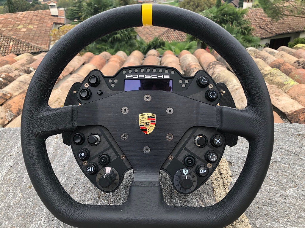 Click image for larger version.  Name:Porsche wheel.jpg Views:1 Size:257.3 KB ID:282505